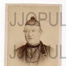 Fotografía antigua: ASTURIAS. RAMON DEL FRESNO. OVIEDO. RELIGIOSO CON BONETE. H. 1870. Lote 112362747