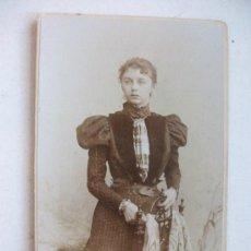 Fotografía antigua: CDV DE SEÑORITA ALEMANA DEL SIGLO XIX. DE STEFFENS , BERLIN ( ALEMANIA ). Lote 115899459