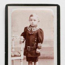 Fotografía antigua: CARTE DE VISITE DE NIÑO SERIECITO. FOTO DETON CORNAND. Lote 117485979
