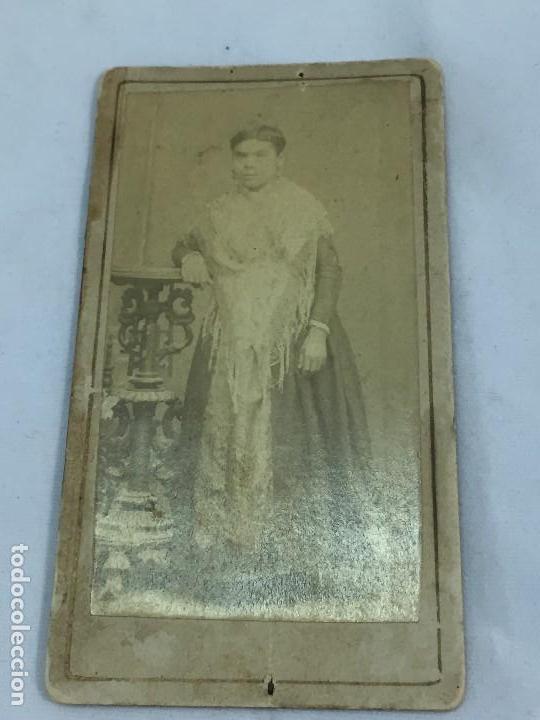 Fotografía antigua: CDV carta de visita Mujer filipina Colonial Mantón de Manila albúmina - Foto 3 - 118940347