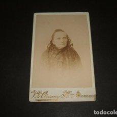 Fotografía antigua: SALAMANCA VDA DE OLIVAN Y HMNO CARTE DE VISITE RETRATO DE DAMA HACIA 1890. Lote 128149975