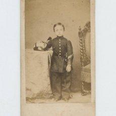 Fotografía antigua: ALFONSO DE BORBÓN, PRINCIPE DE ASTÚRIAS, AO 1864. CDV SIN DATOS.. Lote 147545654