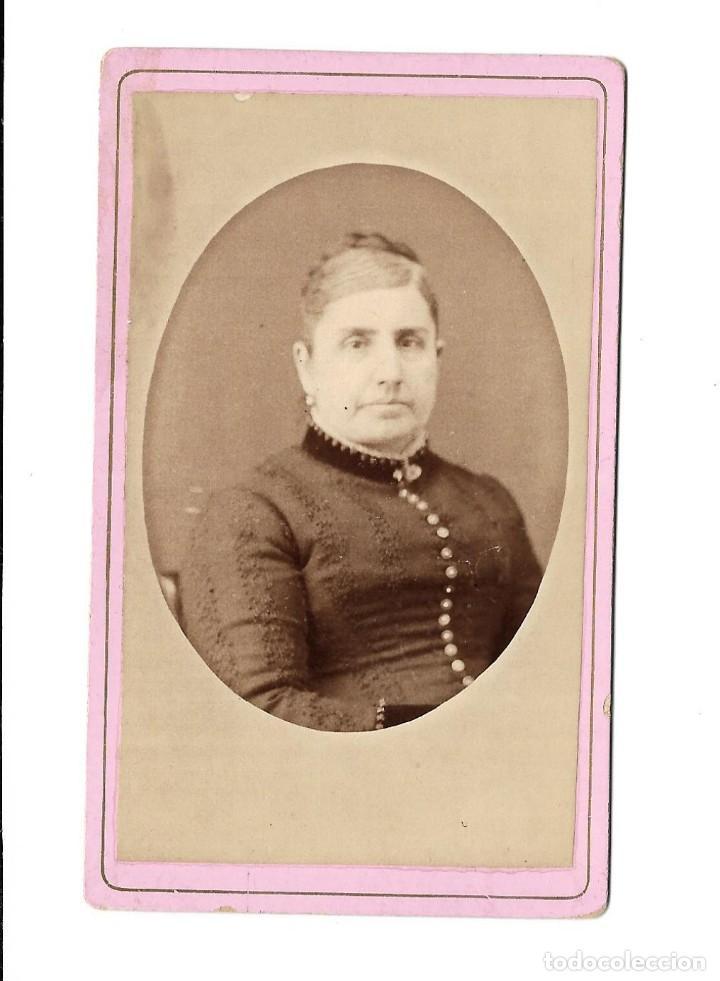 Fotografía antigua: 1880s FOTOGRAFÍA OLMO DAMA ANTIGUA ALBUMINA CARTE VISITE RETRATO CDV MADRID - Foto 2 - 147737410