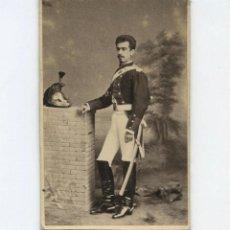 Fotografía antigua: RETRATO CDV DE MILITAR CON NOMBRE REVERSO, FOTO: E. JULIÁ, MADRID.. Lote 148241946