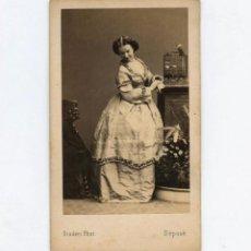 Fotografía antigua: ELISA PITTERI, ACTRIZ Y CANTANTE. FOTO: DISDERI, PARÍS. CDV. Lote 148859398