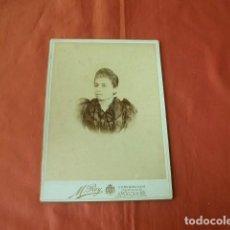 Fotografía antigua: FOTOGRAFÍA DE MUJER ESTUDIO M. REY (MÁLAGA) 25 X 17,5 CM.. Lote 151706898