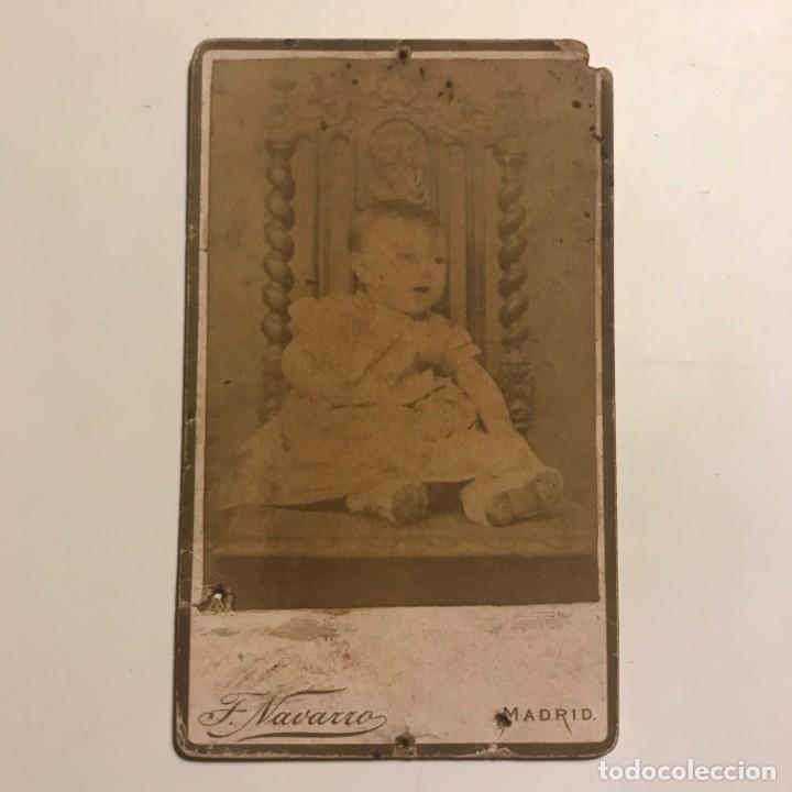 Fotografía antigua: Fotografía niño. Estudio F Navarro. Madrid. Fotografía eléctrica 6,4x10,5 cm - Foto 2 - 149261062