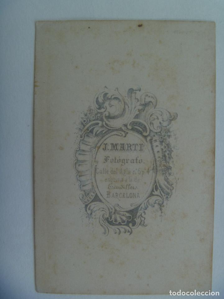 Fotografía antigua: CDV DE SEÑORA DEL SIGLO XIX . DE JUAN MARTÍ , BARCELONA - Foto 2 - 157060634