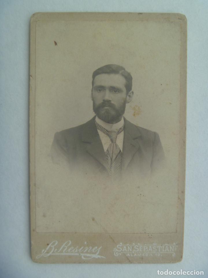 CDV DE SEÑOR DEL SIGLO XIX . DE B. RESINES, SAN SEBASTIAN (Fotografía Antigua - Cartes de Visite)
