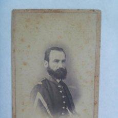 Fotografía antigua: CDV DE UN MILITAR DE INFANTERIA, 1870 , SIGLO XIX. DE FARVARO HERMANOS , VALENCIA. Lote 159843642