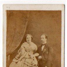 Fotografía antigua: ISABEL II Y FRANCISCO DE ASIS. REINA DE ESPAÑA. ORIGINAL. Lote 166821998
