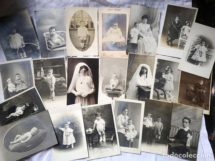 Fotografía antigua: LOTE DE 61 FOTOGRAFÍAS DE NIÑOS. DIFERENTES FOTÓGRAFOS. BARCELONA. PRINC. S. XX - Foto 2 - 168076724