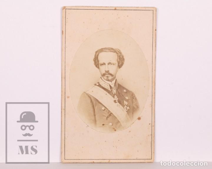 ANTIGUA TARJETA DE VISITA / CDV - FRANCISCO DE ASÍS DE BORBÓN, CONSORTE DE ISABEL II - SIGLO XIX (Fotografía Antigua - Cartes de Visite)