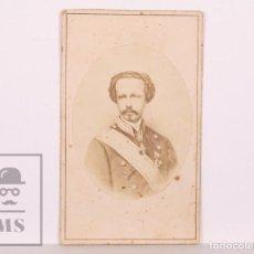 Fotografía antigua: ANTIGUA TARJETA DE VISITA / CDV - FRANCISCO DE ASÍS DE BORBÓN, CONSORTE DE ISABEL II - SIGLO XIX. Lote 170064340