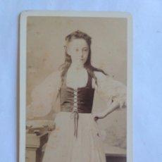 Fotografía antigua: FOTOGRAFÍA, CARTA DE VISITA. HELLIS AND SONS. LONDRES, S. XIX.. Lote 177042034