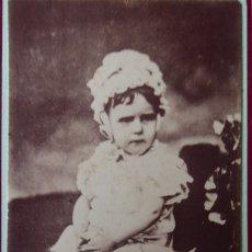 Fotografía antigua: F-4288. CARTE VISITE DE UNA NIÑA. BARCELONA. CIRCA 1870.. Lote 177754179