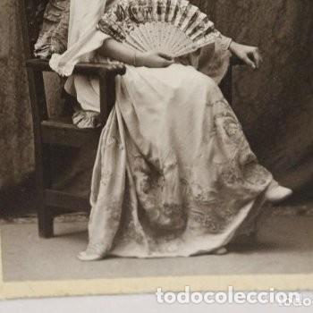 Fotografía antigua: Preciosa fotografía de 1923 Chica posando con Abanico. - Foto 5 - 178116932