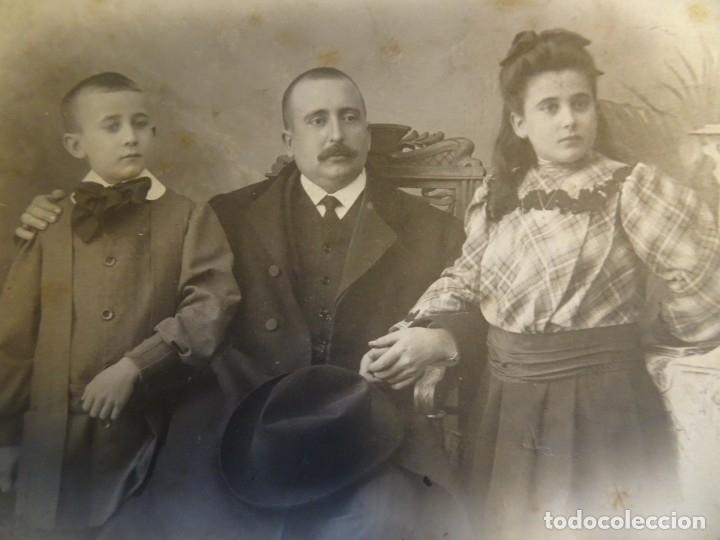 Fotografía antigua: LOTE DE 3 FOTOS VARIADAS DE ÉPOCA , CDV, POSTAL, ESTUDIO , VER FOTOS - Foto 4 - 178403200