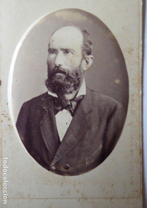 F-4432. CARTE VISITE PERSONAJE BARCELONÉS. JUAN MARTÍ FOTOGRAFO. CIRCA 1870. (Fotografía Antigua - Cartes de Visite)