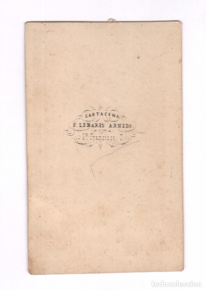 Fotografía antigua: FOTOMONTAJE DOBLE DE LA MISMA PERSONA, PARTIDA DE AJEDREZ, FOTO: LINARES ARNEDO, CARTAGENA. - Foto 2 - 182288918