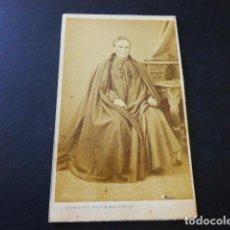 Fotografía antigua: MALAGA RETRATO PRESBITERO FRANCISCO MORENO FCO ROJO E HIJO FOTOGRAFO CARTE DE VISITE HACIA 1865. Lote 183582813