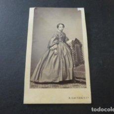 Fotografía antigua: RETRATO DE DAMA CARTE DE VISITE MADRID H. GAUTIER FOTOGRAFO HACIA 1865. Lote 183704977