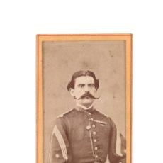 Fotografía antigua: CARTES DE VISITE. ESTUDIO FOTOGRÁFICO FRANCISCO ROJO É HIJO. BARCELONA.MILITAR. PASADOR DE MEDALLAS.. Lote 183816178