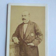Fotografía antigua: FOTOGRAFÍA, CARTA DE VISITA. CONDE DE BERNAUD. MADRID S. XIX.. Lote 186132217