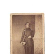 Fotografía antigua: CARTE DE VISITE. ESTUDIO FOTOGRÁFICO. DESCONOCIDO. FOTO MILITAR.. Lote 190283612