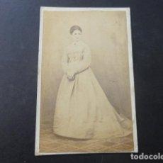 Fotografía antigua: BILBAO L. CARROUCHE FOTOGRAFO RETRATO MUJER CARTE DE VISITE HACIA 1870. Lote 190935680