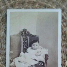 Fotografía antigua: RETRATO DE UNA NIÑA. 1867. STRASBOURG.. Lote 195413003