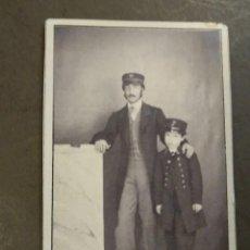 Fotografía antigua: JUAN COMBA Y GARCÍA PINTOR JEREZ DE LA FRONTERA PINTOR, DE NIÑO CON UNIFORME DEL COLEGIO NAVAL.. Lote 196485458