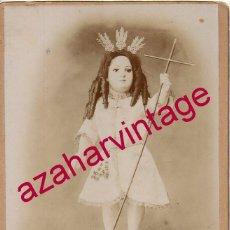 Fotografía antigua: SEVILLA, SIGLO XIX, ESPECTACULAR FOTOGRAFIA DE UN NIÑO JESUS, FOT.PEDRO HERRERA,105X160MM. Lote 196522622