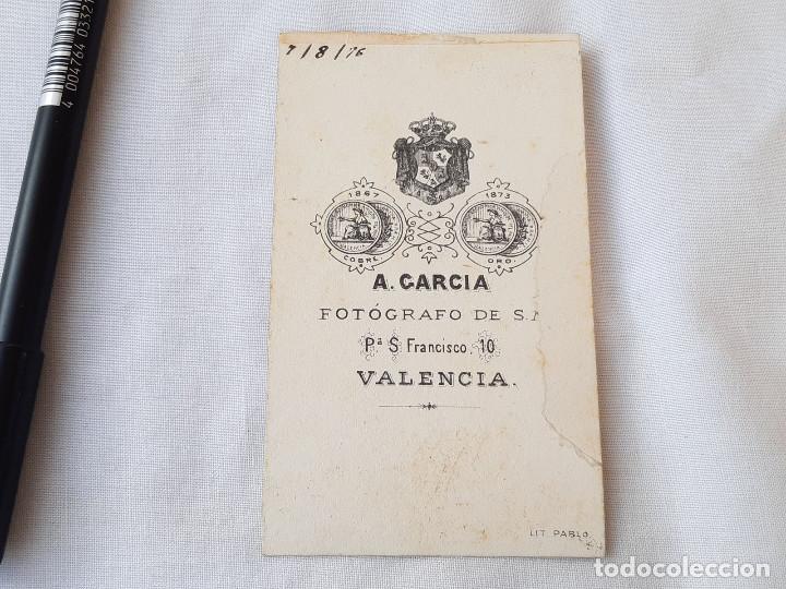 Fotografía antigua: Fotografía de un niño en un triciclo con caballo. 1876. Fotógrafo A. García, Valencia. - Foto 2 - 209006415