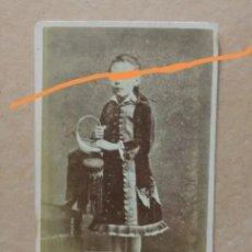 Fotografía antigua: ANTIGUA FOTOGRAFÍA.CARTA DE VISITA. NIÑA. FOTOGRAFÍA ANTIGUA. POST MORTEM.DIFUNTA.MUERTA.. Lote 183288608