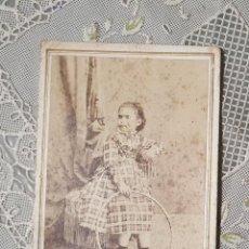 Fotografía antigua: CARTA DE VISITA FOTOGRAFIA ROMAN RIBAS DE PALMA DE MALLORCA. ESTADO EL DE LAS FOTOS. Lote 220702227