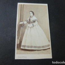 Fotografía antigua: MADRID CARTE DE VISITE RETRATO DE DAMA J. LAURENT FOTOGRAFO HACIA 1865. Lote 226361825