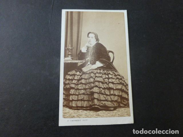 MADRID CARTE DE VISITE RETRATO DE DAMA J. LAURENT FOTOGRAFO HACIA 1865 (Fotografía Antigua - Cartes de Visite)