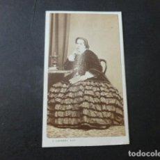 Fotografía antigua: MADRID CARTE DE VISITE RETRATO DE DAMA J. LAURENT FOTOGRAFO HACIA 1865. Lote 226362000
