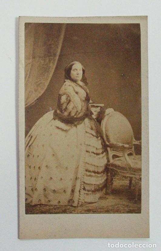 LA REINA ISABEL II DE ESPAÑA. (Fotografía Antigua - Cartes de Visite)