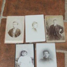 Photographie ancienne: LOTE 5 FOTOGRAFÍA CDV CON MÁS DE 100 AÑOS FOTO NIÑA NIÑO HOMBRE MUJER. Lote 252085880