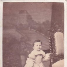 Fotografía antigua: ALBUMINA CDV NIÑO J. RIVAS FOTÓGRAFO PUERTA DEL SOL NUM 5 MADRID. Lote 295338128
