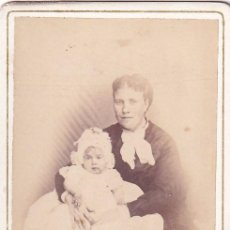 Fotografía antigua: ALBUMINA CDV MADRE E HIJO. J. SANCHEZ PUERTA DEL SOL 15 MADRID. Lote 295338323