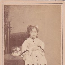 Fotografía antigua: ALBUMINA CDV NIÑA. J. SANCHEZ PUERTA DEL SOL 15 MADRID. Lote 295338398