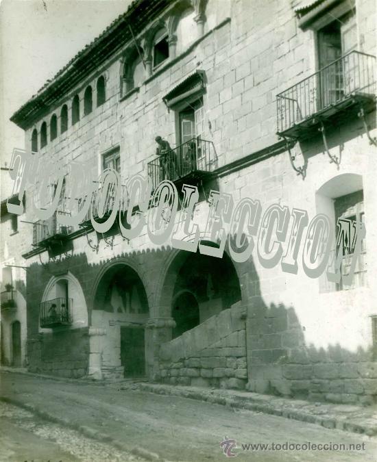 LA FRESNEDA TERUEL. CASA DE LA ENCOMIENDA. ANTIGUO POSITIVO EN CELULOIDE. HACIA 1920. ARAGÓN (Fotografía Antigua - Diapositivas)