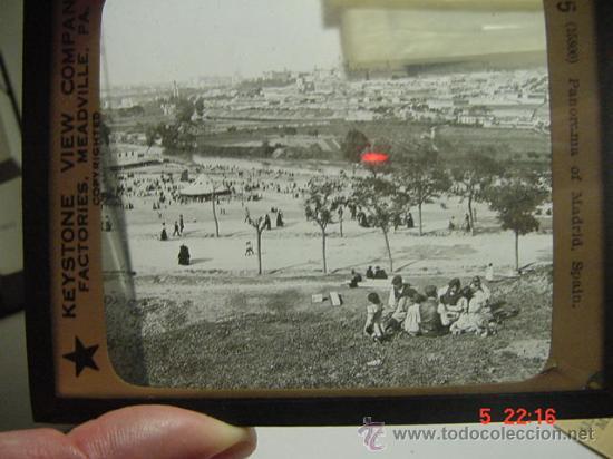 5 MADRID CRISTAL LINTERNA MAGICA PRECIOSO MANZANARES FIESTA VERBENA AÑOS 1900 (Fotografía Antigua - Diapositivas)