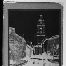 Fotografía antigua: PLACA FOTOGRAFICA ORIGINAL CRISTAL ACEQUIA MAYOR Y CONVENTO DE S.VICENTE FERRER CASTELLON TAMAÑO 6X9. Lote 36418006