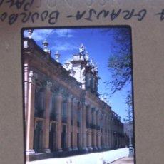 Fotografía antigua: LA GRANJA DE SAN ILDEFONSO SEGOVIA ANTIGUA DIAPOSITIVA POR VIAJERO AMERICANO 1958. Lote 44438157