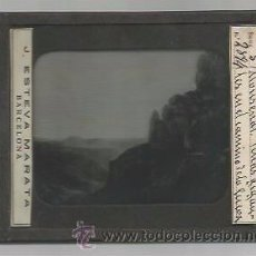 Fotografía antigua: MONTSERRAT-PEÑAS GIGANTES EN EL CAMINO -FOTOGRAFIA POSITIVO CRISTAL-MIDE 8X10 CM- J.ESTEVA-(V-3007). Lote 51029081