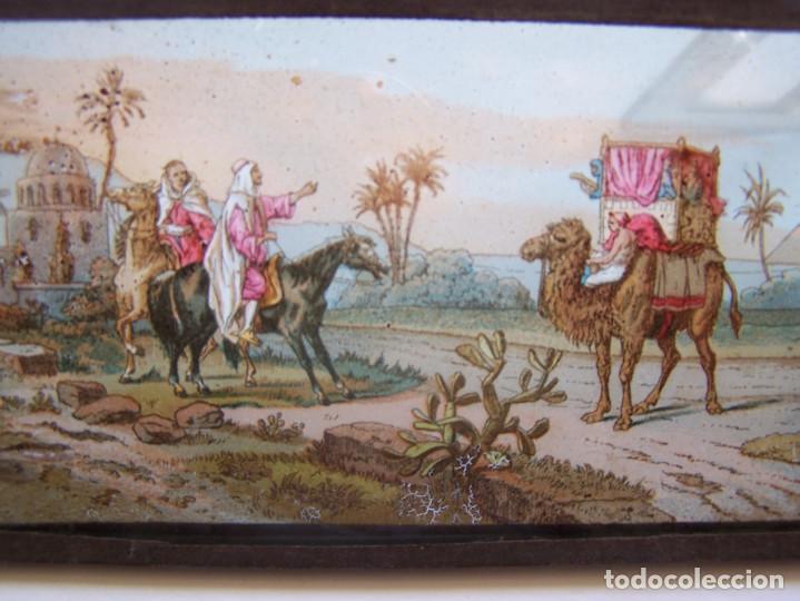 Fotografía antigua: Placa de cristal coloreada para proyección, con escenas consecutivas con piramides. Principios S. XX - Foto 2 - 62274544